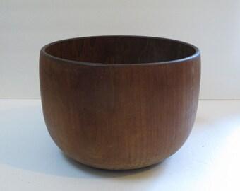 Vintage Wooden Bowl Mid Century Modern Wood Teak Bowl Danish Modern Wooden Fruit Bowl Large Wood Salad Bowl Exotic Wooden Bowl