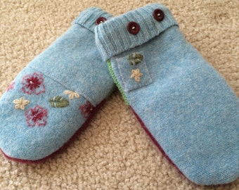 G29  felted wool mittens lined with fleece size kids medium