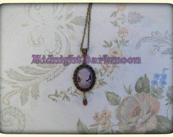Vintage Lilac cameo with teardrop