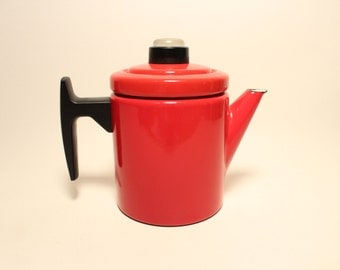 Arabia Finel Pehtoori Red Enamel kettle tea coffe pot Antti Nurmesniemi Finland