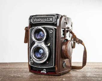 Yashica LM Twin Lens Reflex with Leather Case