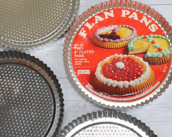 Vintage Set of 4 Fluted Flan Baking Pans; Retro Kitchen Bakeware