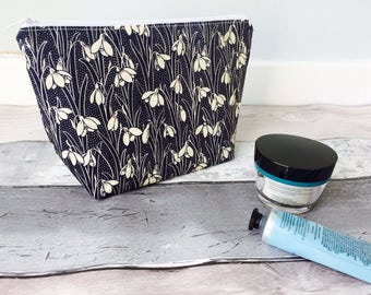 Liberty fabric makeup bag, Liberty fabric cosmetic bag, Liberty makeup pouch, snowdrop makeup bag, Liberty of London,  mothers day gift