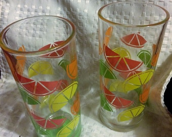 Set of 2 Vintage Tall glasses decorated with sliced fruit