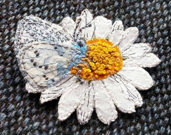 Daisy brooch, butterfly brooch, textile brooch, fabric brooch, textile jewellery, embroidered flower brooch, gifts for her, handmade gift