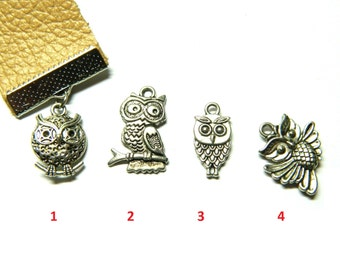 The symbol of wisdom Owl bookmark for lovers of books, caramel leather, functional stylish soft touch, sturdy material, unique souvenir gift
