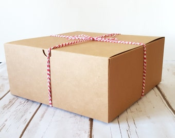 "5 Large Kraft Gift Boxes 8x8x3.5"", One Piece Square Tuck Tab Boxes"