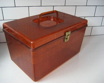40% OFF SALE // Vintage Deluxe Sewing Box - Wil-hold - Wilson Mfg Corp - Sunbury PA - textured plastic - metal clasp - two trays