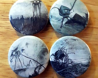 War of the Worlds: Set of 4 25mm button badges featuring the art of Henrique Alvim Corrêa.