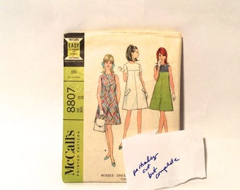 Vintage 1960s Size 12 MCCALL'S 8807 Sewing Pattern, Bust 32, Misses Dress, 1960's Dress, A Line Dress Sewing Pattern.