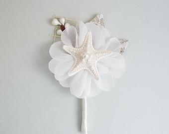 Starfish boutonniere, Starfish corsage, Beach Wedding Boutineer, Mens Wedding Boutonniere, Grooms Accessories, Shell Boutonniere