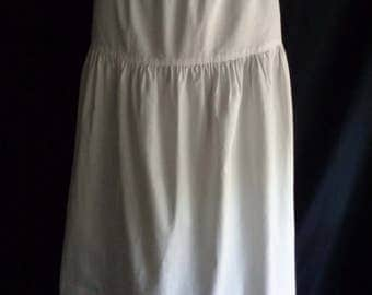 Vintage skirt white cotton plain