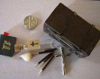 Dollhouse miniature vampire hunting kit