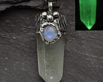 Glow in the dark pendant,Moonstone necklace,Quartz pendant,Chlorite quartz,OOAK jewelry,necklace,Glow Crystal,Blue Glow,Mystical pendant
