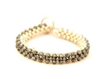 Beaded bracelet with black crystal beads