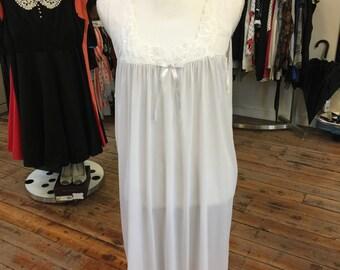 2xl Vanity Fair Nightgown