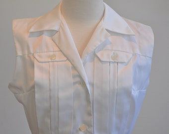 Brilliant 1960's White Pleated Dress