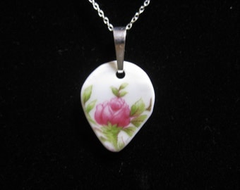 Pink rose flower pendant jewelry made from vintage broken china plate