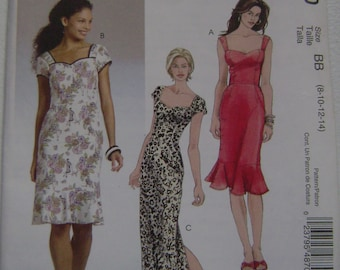 OUT of PRINT McCall's Pattern M4870 Misses / Miss Petite Dress
