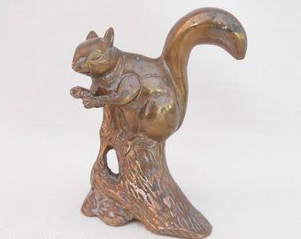 Brass Squirrel on a Log Figurine - Vintage Squirrel Ornament, Collectible Animal - Brass Home Decor - Brass Sculpture - Brass Curio