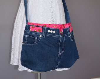 Upcycled jeans bag, cross body bag, denim crossbody, recycled bag, tween bag, denim Daisy, casual sling bag, teen bag