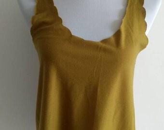 Green scallop vest