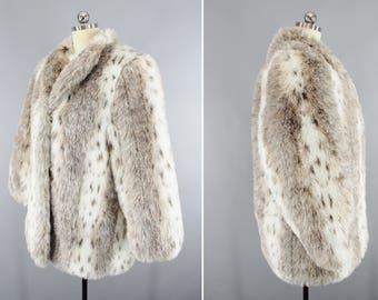 1960's / 1970's Vintage / Style IV Ltd. / Gray Fur Coat / Faux Fur Coat / Fabulous Fur / Size 16 / Made In USA / Glamour Girl / Movie Star