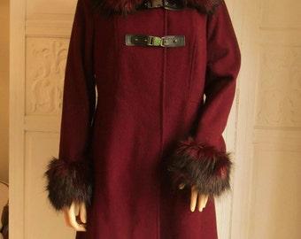 Maroon wool coat Faux fur collar and cuffs 90s Full length plum wool coat Dark wine winter coat Dark red coat Luxury fur collar and cuffs 14