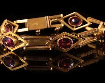 A Victorian Gold and Garnet Bracelet