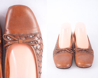 Vintage Bass Woven Leather Loafers, Brown Leather Shoes, Ballet Flats, 90s Leather Shoes, Boho 80s Slip On Flats, Size 8.5 Leather Flats