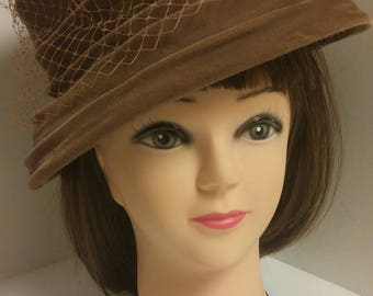 Vintage Mocha Brown Velvet Pill Box Hat with Veil