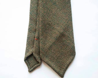 Green khaki wool hand rolled untipped tie