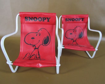 Pair of small vintage sling back Snoopy lawn chairs