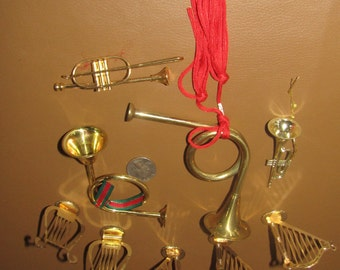 lot of 9 vintage gold tone metal ornaments mostly harps