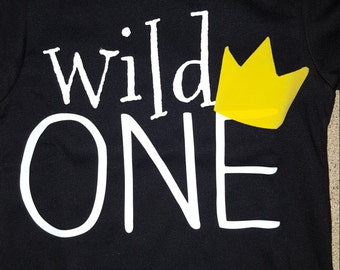 WILD THINGS/ONES BiRThdAy/SmAsH CaKe/PhOtO op/Queen of all wild things/King of all wild things/Wild One/Crown/Birthday party