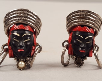 Wonderful 1950s Fifties Vintage Blackamoor African Asian Mask Clip On Earrings, Faces with Turbans, Mid Century Midcentury Costume Jewelry