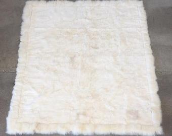 Luxurious Llama Rug/Blanket Made in Peru (EQTSQ7)