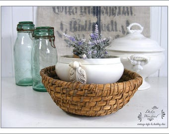 French reed basket / bread basket - country living
