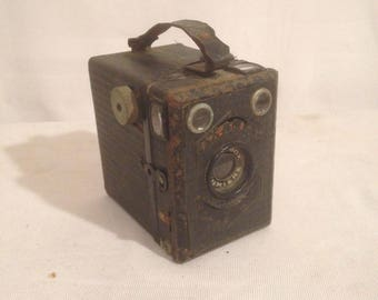 Former SCOUTBOX light Vintage Metal Photo Viewer