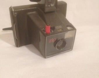 Former POLAROID ZIP Land camera Camera Vintage Bakelite