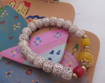 handmade bracelet with original stones piece female