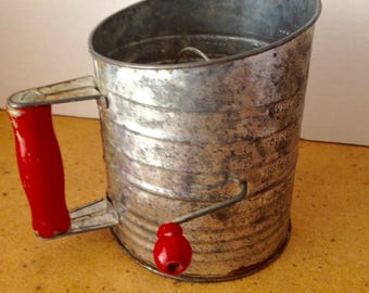 BROMWELLS 5 Cup SIFTER RED Handle and Crank