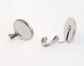 Stainless Steel cabochon pad on hypoallergenic ear clips 20mm