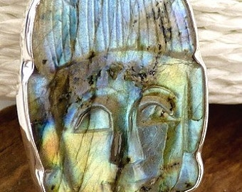 PENDANT Buddha LABRADORITE stone carved by hand, natural stone, ja3.1 protection
