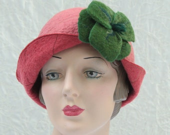 Reversible Cloche in Coral and Apricot Felted Wool w/Removable Flower Pin - Flower Cloche - Wool Felt Hat - Wool Cloche