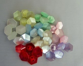 Pack of 5 Polyester Hexagonal Pearlescent Buttons