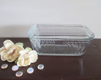 Anchor Hocking Clear glass Refrigerator dish ribbed design