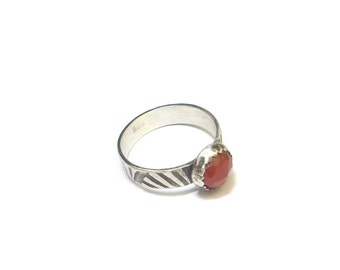 Ethnic ring carnelian - money Massif and stones