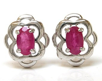 925 Sterling Silver Celtic style Ruby Stud Earrings Gift Boxed SS14