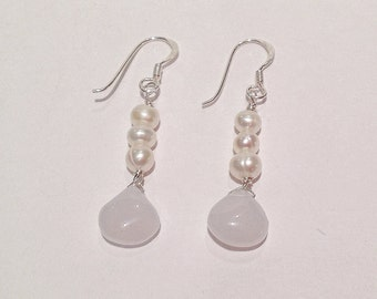 Natural chalcedony and pearls earrings on sterling silver earwires
